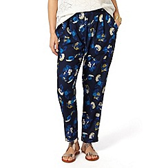 Studio 8 - Sizes 12-26 Multi-coloured skyler trousers