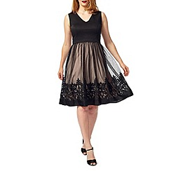Studio 8 - Sizes 16-24 Black rosie dress