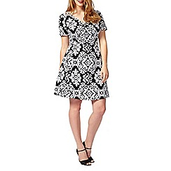 Studio 8 - Sizes 16-24 Black and White anna contrast jacquard dress