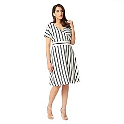 Studio 8 - Sizes 12-26 Navy and White verona dress