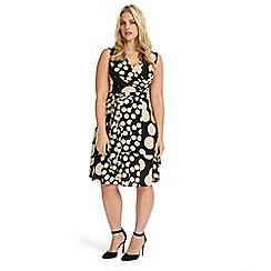 Studio 8 - Sizes 12-26 alissa dress