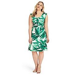Studio 8 - Sizes 12-26 Thea Dress