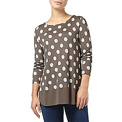 Phase Eight - Charcoal and Ivory kelly spot woven hem top