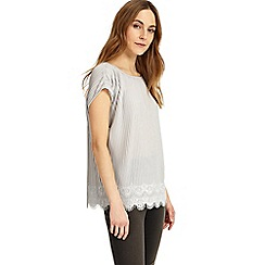 Phase Eight - Pat pleat top