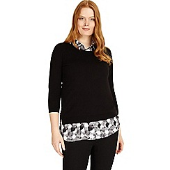 Studio 8 - Sizes 12-26 black and white sia knit top