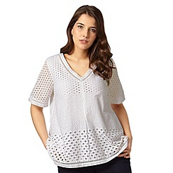 Studio 8 - Sizes 12-26 Orlena Top