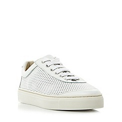 Roberto Vianni - White 'Egham' comfort perforated lace up trainers
