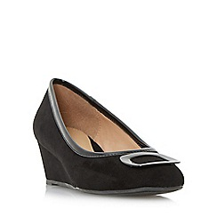 Roberto Vianni - Black 'Aleck' brooch detail wedge court shoes