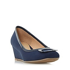Roberto Vianni - Navy 'Aleck' brooch detail wedge court shoes