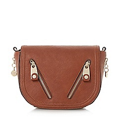 Dune - Plain synthetic zip detail saddle cross body bag