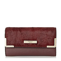 Dune - Dark red 'Karrie' metal corner detail purse