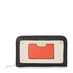 Dune - Black 'Kannah' metal hardware zip around purse