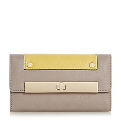 Dune - Grey 'Kalls' metal bar detail turn lock purse