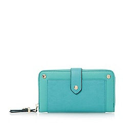Dune - Green contrast front pocket detail purse