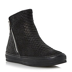 Dune - Black faux shearling lined hi-top trainer