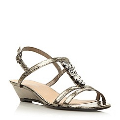 Roberto Vianni - Metallic t-bar jewel trim low wedge sandal