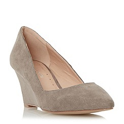 Roberto Vianni - Taupe 'Arlia' pointed toe wedge court shoe
