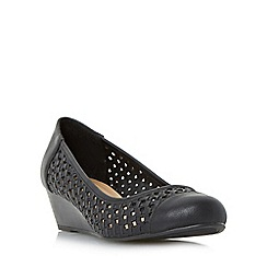 Roberto Vianni - Black 'Alveen' woven wedge court shoe