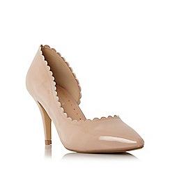 Roberto Vianni - Beige 'Claric' scallop detail semi d orsay court shoe