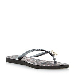 Havaianas - Black slim thematic charm flip flop