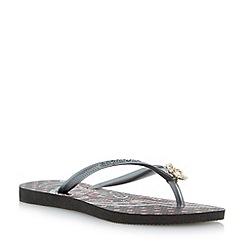 Havaianas - Black slim thematic charm flip flop