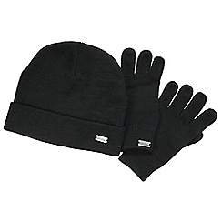 Regatta - Black woodman hat & glove set