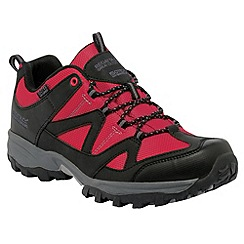 Regatta - Red Gatlin walking shoe