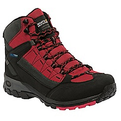 Regatta - Black/bright red ultra-max walking boot