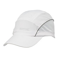 Regatta - White extend ii cap