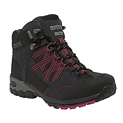 Regatta - Black/cerise samaris mid hiking boot