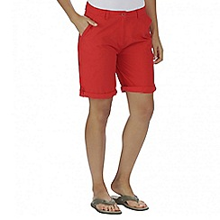 Regatta - Orange sail away short