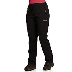 Regatta - Black fellwalk stretch trousers short
