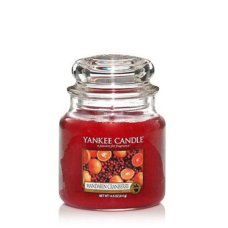Yankee Candle - Medium Mandarin Cranberry Housewarmer Candle