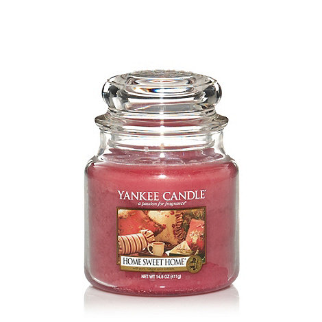Yankee Candle - Medium home sweet home housewarmer candle