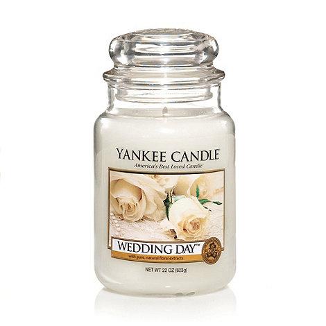 Yankee Candle - Large wedding day housewamer candle