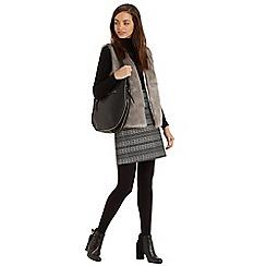 Oasis - Hattie mono jacquard skirt