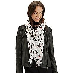 Oasis - Mono heart scarf