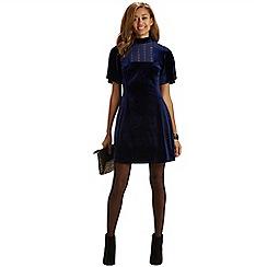 Oasis - Velvet bib front dress
