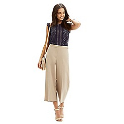 Oasis - Frill sleeve geo lace top
