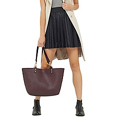 Oasis - Black pleated faux leather skirt