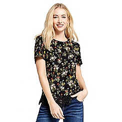Oasis - Black spring bouquet t-shirt