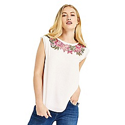 Oasis - Floral lace trim t-shirt