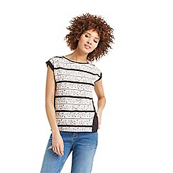 Oasis - Floral wiggle lace stripe t-shirt