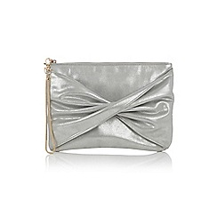 Oasis - Tracy twisted clutch bag