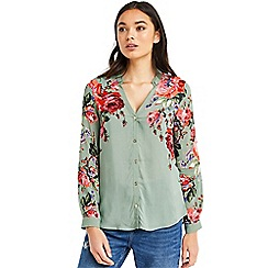 Oasis - Rose placement shirt