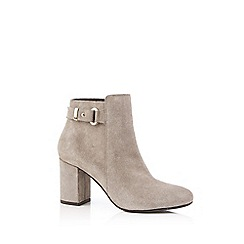Oasis - Natural 'Flo' high ankle boots