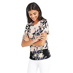 Oasis - Tilda placement tshirt