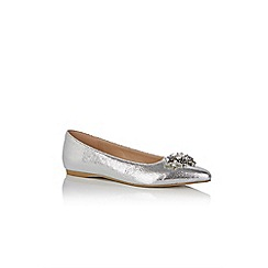 Oasis - Silver 'Ivy' embellished point flats