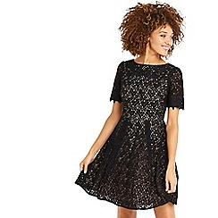 Oasis - Black lace trim sleevesd skater dress