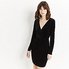 Oasis - Black velvet romana wrap dress
